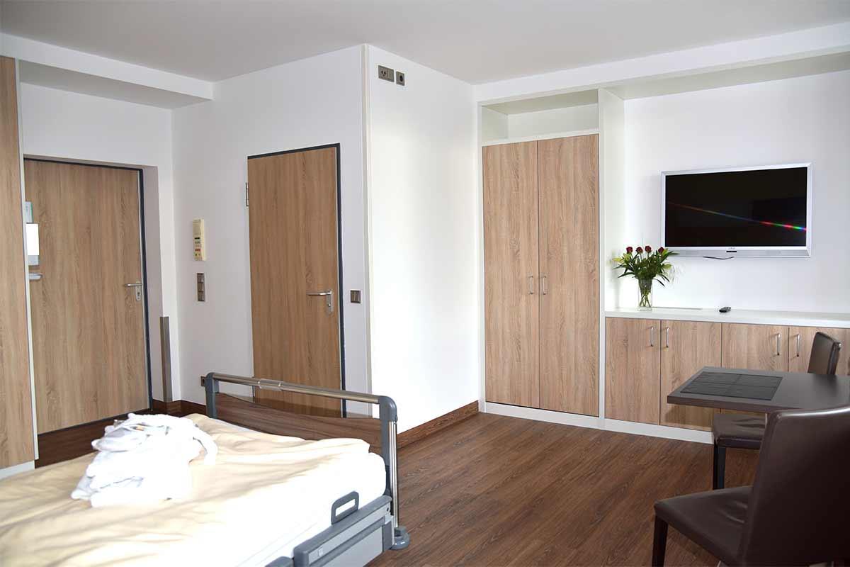 Einbettzimmer-Gross-Innen-4